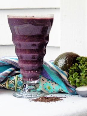 Tropical Anti-Inflammatory Wild Blueberry Smoothie